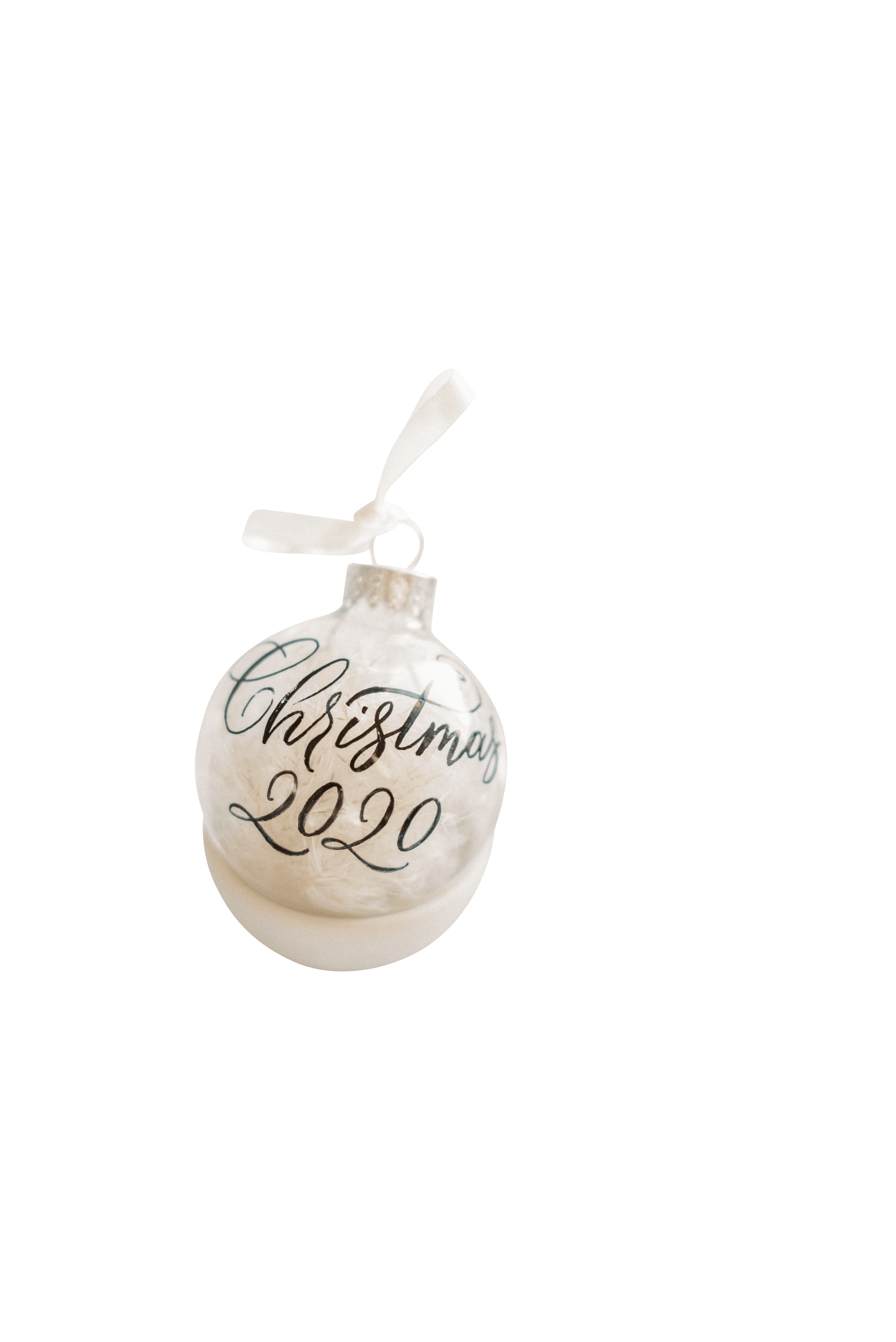 Christmas white ball 2020 transparent background.png